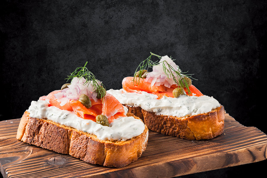 smoked salmon cream cheese bruschetta